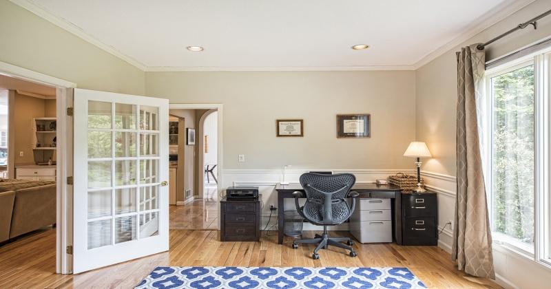 2 Crescent Lane,Trumbull,Connecticut 06611,4 Bedrooms Bedrooms,9 Rooms Rooms,5 BathroomsBathrooms,Single family,Crescent Lane,103315